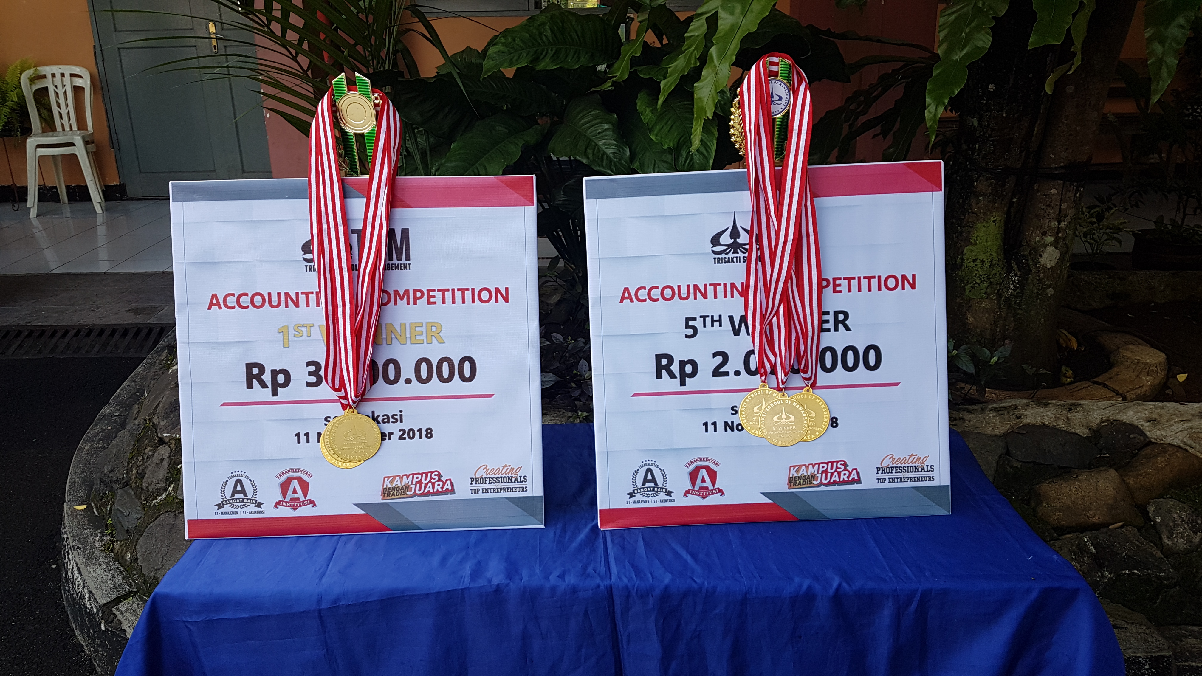 Juara 1 Lomba Akuntansi di Universitas Trisakti