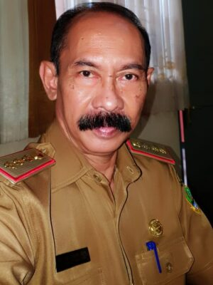 Drs. Uus Sukmara MM.Pd --- KEPALA SMKN 1 BOGOR