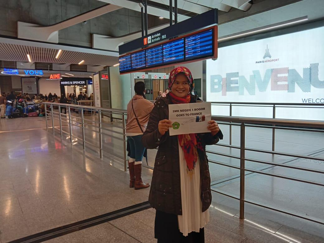 Guru SMKN 1 BOGOR Menuju Prancis